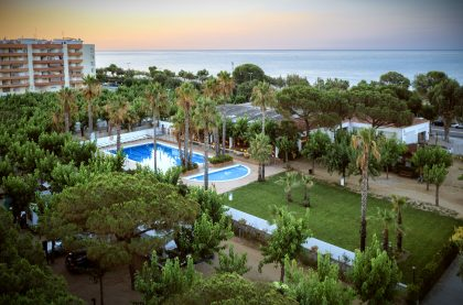 Camping-Bellsol-View-Aerial-Beach-Piscina-Pool-05